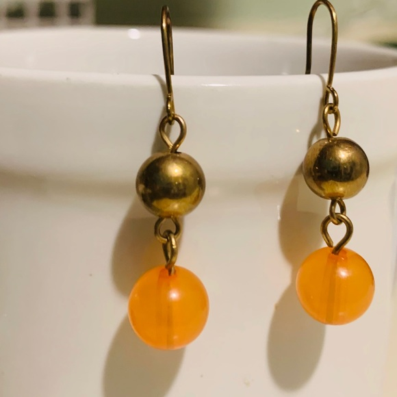 CW Boutique Jewelry - Boutique orange and bronze earrings